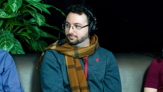 SUNSfan: «Над Artifact 2.0 работают два человека»