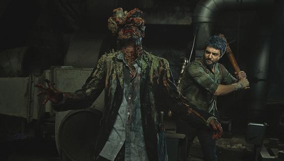 Джоэл Миллер против Щелкуна — косплей на персонажа The Last of Us