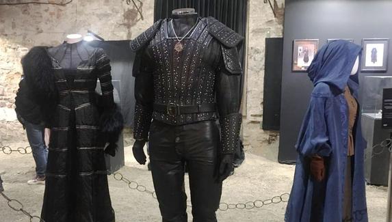 Доспехи Геральта, платья Йеннифэр и одеяния дриад — костюмы персонажей сериала «Ведьмак»