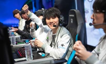 Invictus Gaming разгромила SK Telecom T1 в рекордно коротком матче
