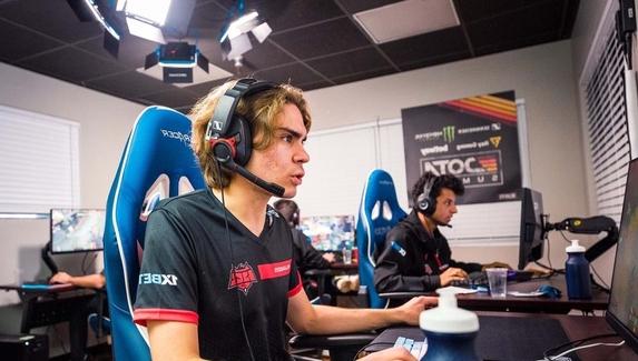 Nix: «Я взял перерыв от соревновательной Dota 2 на месяц»