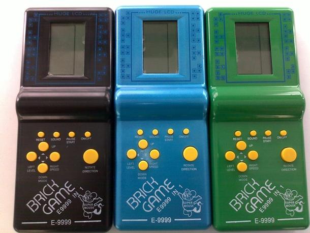 Классические Brick Game с предустановленным «Тетрисом»