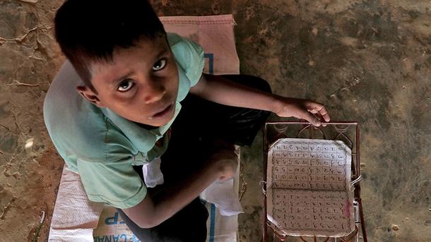 Подросток-беженец из Мьянмы | Фото: aa.com.tr