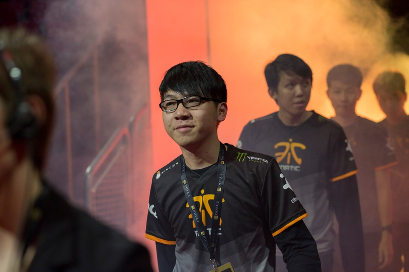 """""""A player's mood decides whether you have a job tomorrow... or not"""": Insight from ex-Fnatic coach Muriel """"Kips"""" Huisman"""