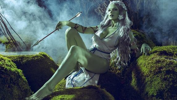 Косплей на сексуальную дриаду из «Ведьмака»