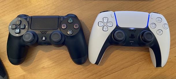 DualShock 4 и DualSense Источни: твиттер Джеффа Кейли
