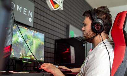 KingR назвал фаворитов отборочных для СНГ на EPICENTER Major 2019