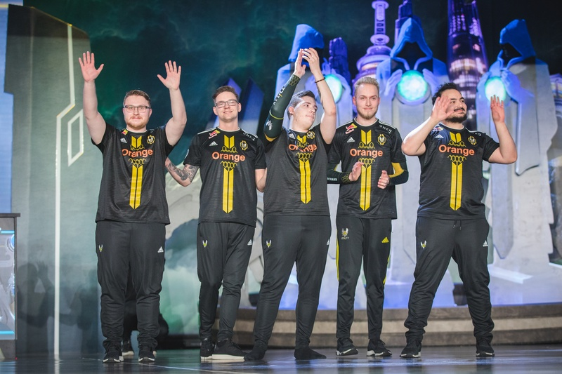 Jactroll and Vitality at Worlds 2018. Photo by: Riot Games