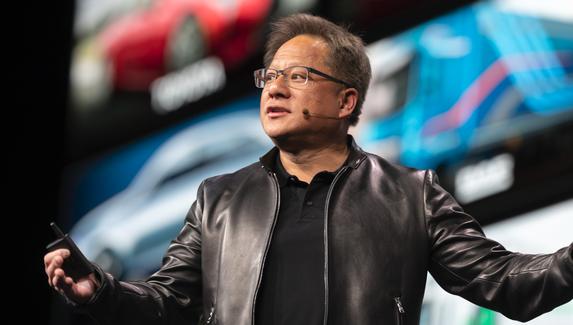 CEO NVIDIA: дефицит видеокарт сохранится в 2022 году