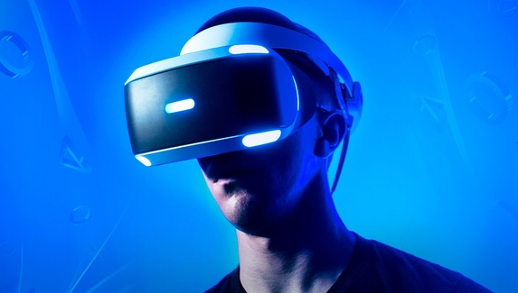 Sony запатентовала новый VR-шлем для PlayStation 5