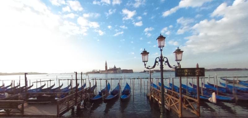 Вид на собор Сан-Джорджо-Маджоре в Венеции
