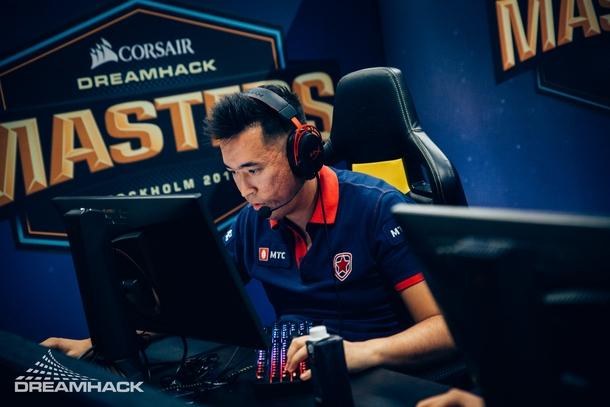 AdreN выступает за Gambit на турнире серии DreamHack | Источник: DreamHack