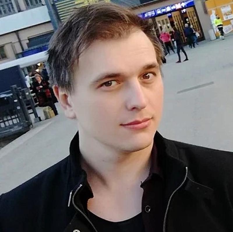 Лев Ясенский