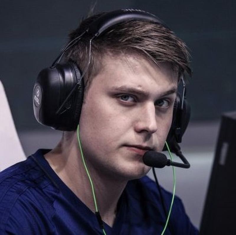 Кристиан k0nfig Винеке