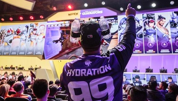 СМИ: Blizzard разрешит рекламу букмекеров и алкоголя в лигах по Call of Duty и Overwatch