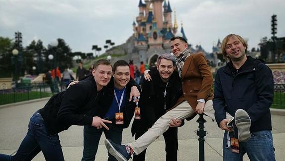 Киберспортивный инстаграм: невероятные приключения RuHub во Франции