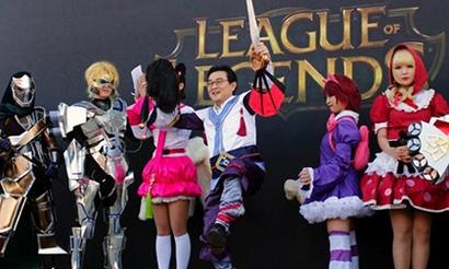 ГлаваKeSPA переоделся в персонажа из LoL, чтобы поддержать корейцев на ЧМ 2014