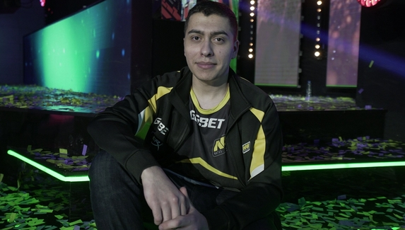 Профессиональный игрок в Dota 2 обвинил MagicaL в стримснайпинге