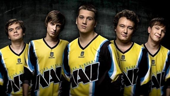 Сможет ли NAVI 2010 обыграть NAVI 2020 в шоу-матче?