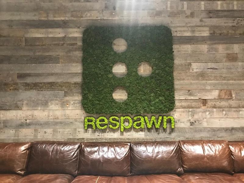 Студия Respawn, место рядом с вестибюлем