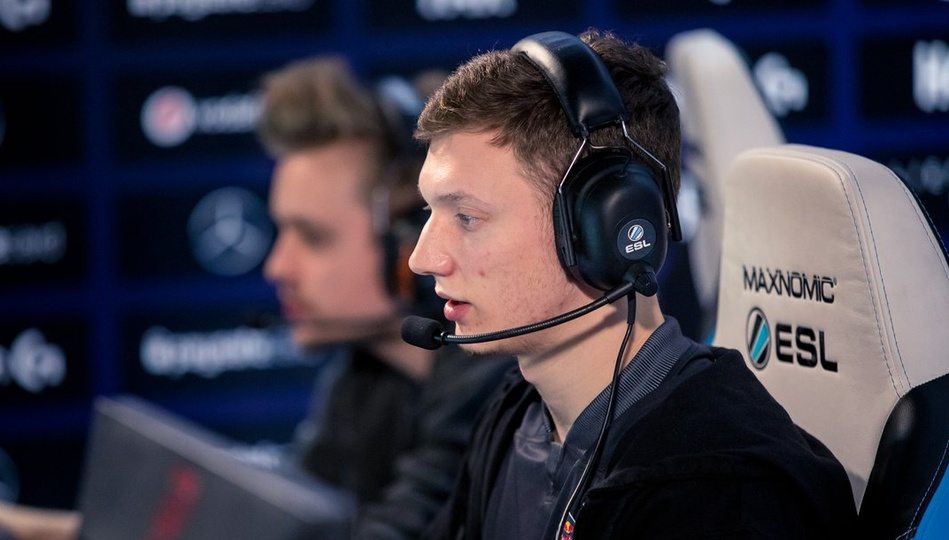 "Resolut1on at Katowice Major: ""I haven't seen my girlfriend for a month and a half now."""