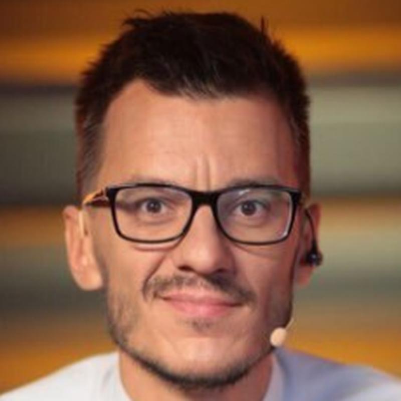 Алексей yXo Малецкий