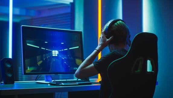 Вакансии в киберспорте, гейминге и IT — тренер по Fortnite, администратор киберспортивного клуба и арт-дизайнер в Virtus.pro
