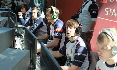 TECHLABS CUP RU 2014: Next.KZ оставляют RoX.KIS третьими
