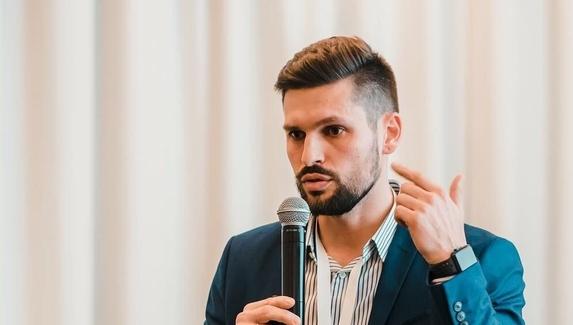 Сергей Гламазда о вылете Virtus.pro из мейджора: «Сумбур, скованность, плохая реализация своих возможностей»