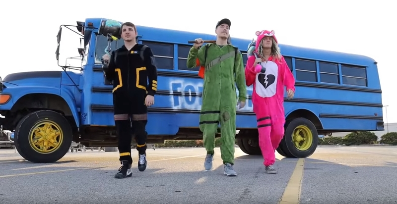 Fortnite Bus