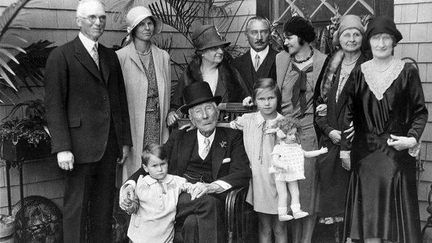 Семейное фото Рокфеллеров