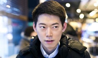 Moon пожертвовал китайской школе призовые за победу в турнире