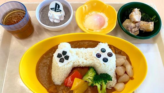 Sony накормила сотрудников геймпадами из риса в честь 25-летия PlayStation