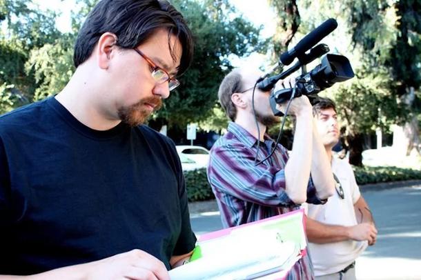 """Робин Михара (слева) на съёмках фильма «Экстаз порядка: мастера """"Тетриса""""». Источник: Portland Community College"""