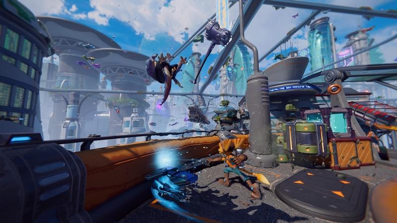 Рэтчет в бою в Ratchet and Clank: Rift Apart