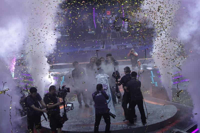 Ceb поднимает Aegis of Champions