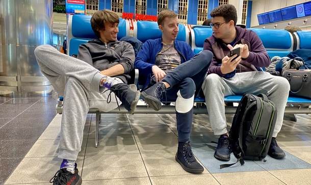 Dendi, Ghostik and LeBron Source: B8 Esports
