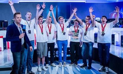 EU Gold Series: SchoolBus одерживают тяжелую, но победу