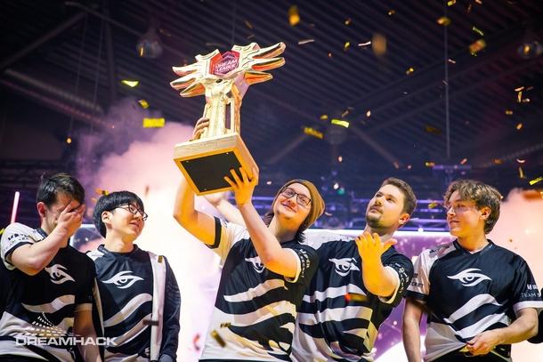 Один трофей MATUMBAMAN и Team Secret уже завоевали Источник: DreamHack