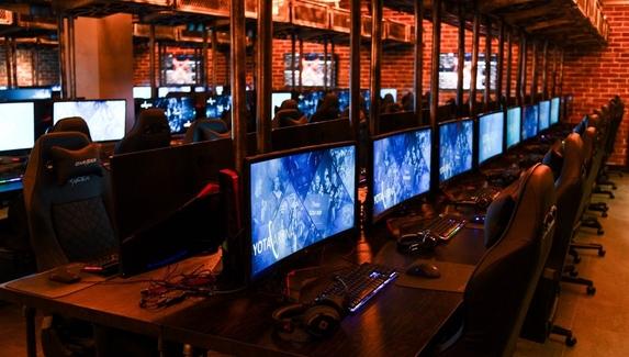 Virtus.pro откроет компьютерный клуб на базе Cyber Loft в Yota Arena