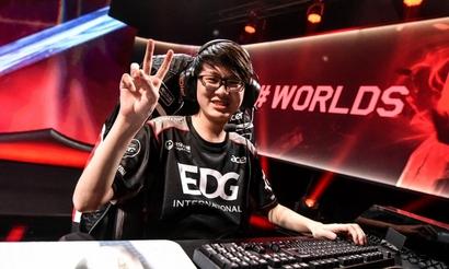 EDward Gaming выиграла последний слот на Worlds для Китая