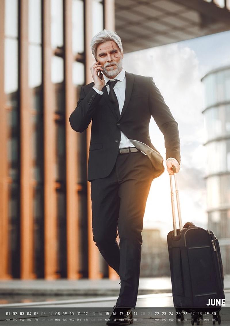 Геральт-бизнесмен. Источник: maul-cosplay.com