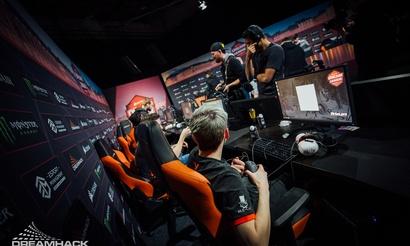 DreamLeague обновит правила поведения игроков на турнире после инцидента во время драфтов Virtus.pro и Evil Geniuses