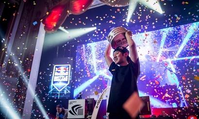 Red Bull: Победный год в StarCraft 2