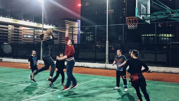 Не «Дотой» единой. Участники DAC 2018 сыграли в баскетбол