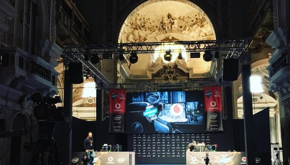 В Италии проводят турниры в церкви 13-го века. Более подходящего места мы не видели