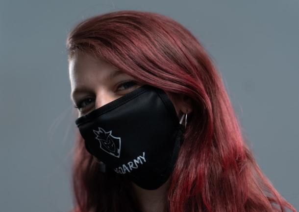 Защитная маска для лица от G2 Esports   Фото: invenglobal.com