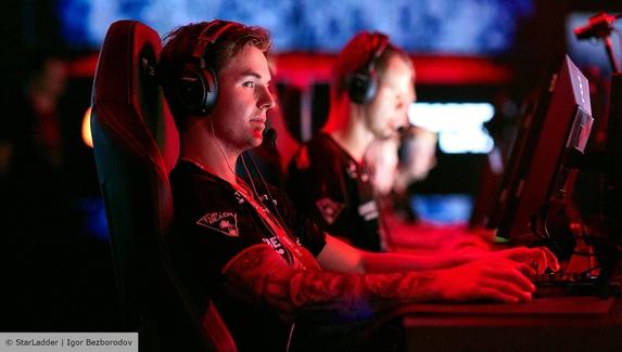 Ninjas in Pyjamas и ENCE выиграли стартовые матчи в групповой стадии Gamers Without Borders 2021