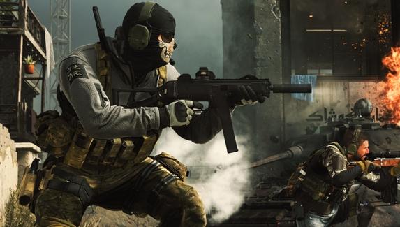 В Call of Duty: Warzone нашли необычный баг — он превращает оружие в полигональное месиво. Патч на подходе