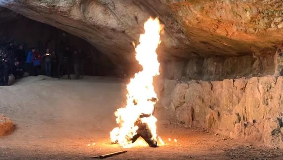 Создатели «Ведьмака» показали, как снимались сцены с битвами, магией и пожарами